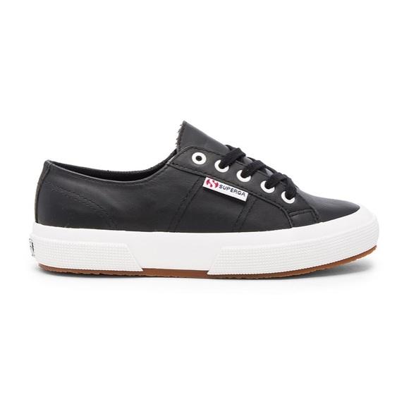 bc32392f3dd74 2750 Cotu Classic Leather Sneaker in Black. M_5b566bd80e3b869e84b8295b